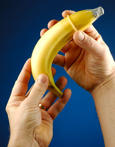 Every banana should engage in safe sex.